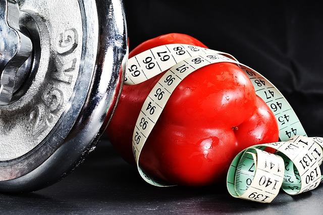 Fitness Maßband Hanteln Gemüse Gesunde Ernährung