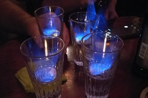 Hochmoorgeist flambiert in Bar